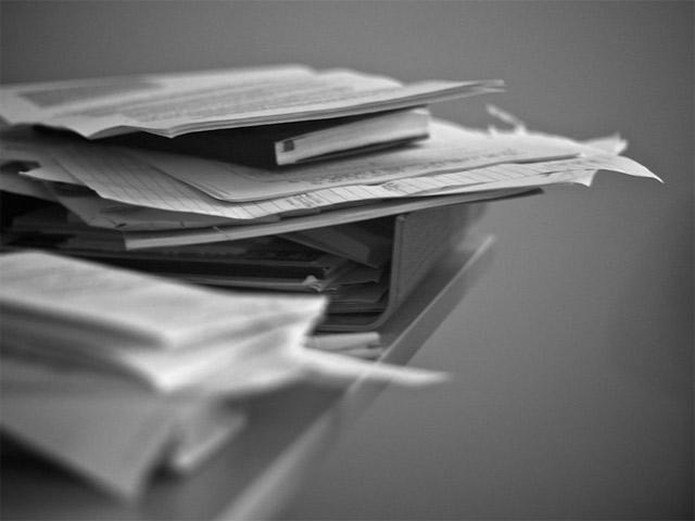 Изобретая документ: бумажная траектория российской канцелярии