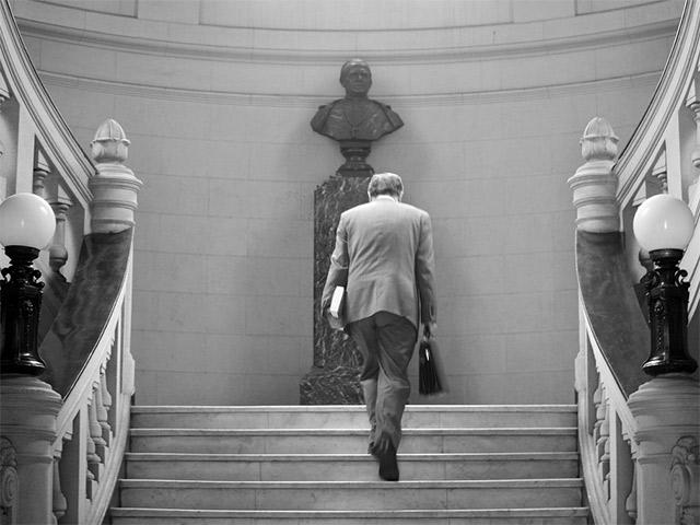 Институтская наука: Михаил Соколов о том, как становятся профессорами в Америке, Европе и России