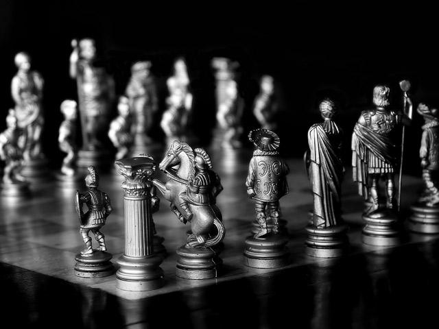 «Великие насилия именем права войны прикрываются»: понятие «война» в дискурсе классической эпохи и его субверсия