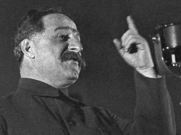 Молотов и Орджоникидзе цитируют Гитлера. Первый шаг к пакту Молотов – Риббентроп
