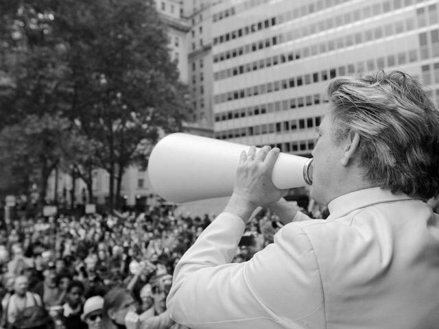 От политики к протесту