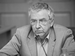 Борис Дубин