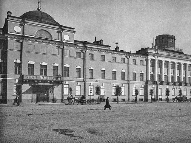 «Пять укладов» русского образования XVIII века: образовательная политика и ее результаты