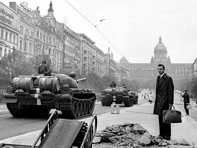 Современники о событиях в Чехословакии: прорывы информационной блокады