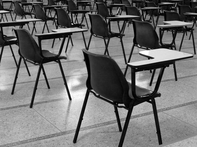 Угрозы академической корпорации: дискуссия профессионалов