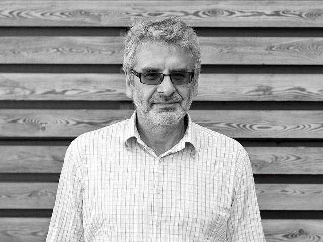 Александр Эткинд: работа горя по Деррида в идеальной лаборатории мемориализации