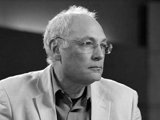 «Правда в теле лжи»: Разговор с Чарльзом Бернстином об 11 сентября, политике поэзии и о поэзии политики