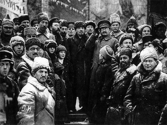 Из книги «Председатель Совета народных комиссаров Владимир Ильич Ленин»
