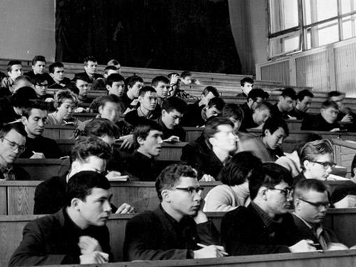 НГУ: студенческое движение 1960-х